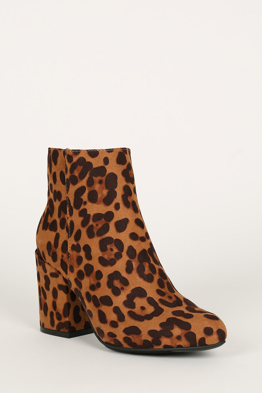 Bamboo Vitality-04 Leopard Almond Toe Chunky Heeled Bootie