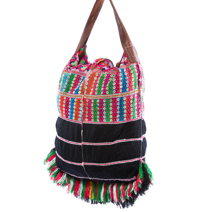 Havika Black Multi Color Oversized Shoulder Bag with Yarn Details