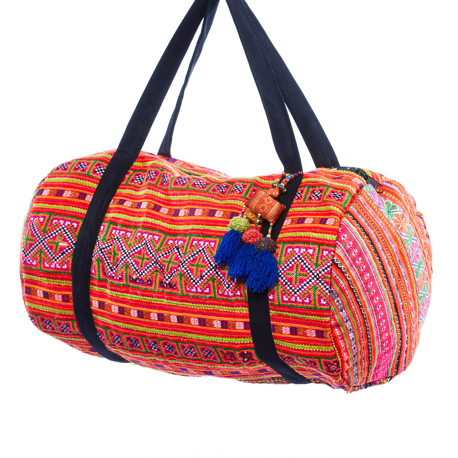 Dav Multi Color Printed Overnight Duffle with Blue Tassel Keychain