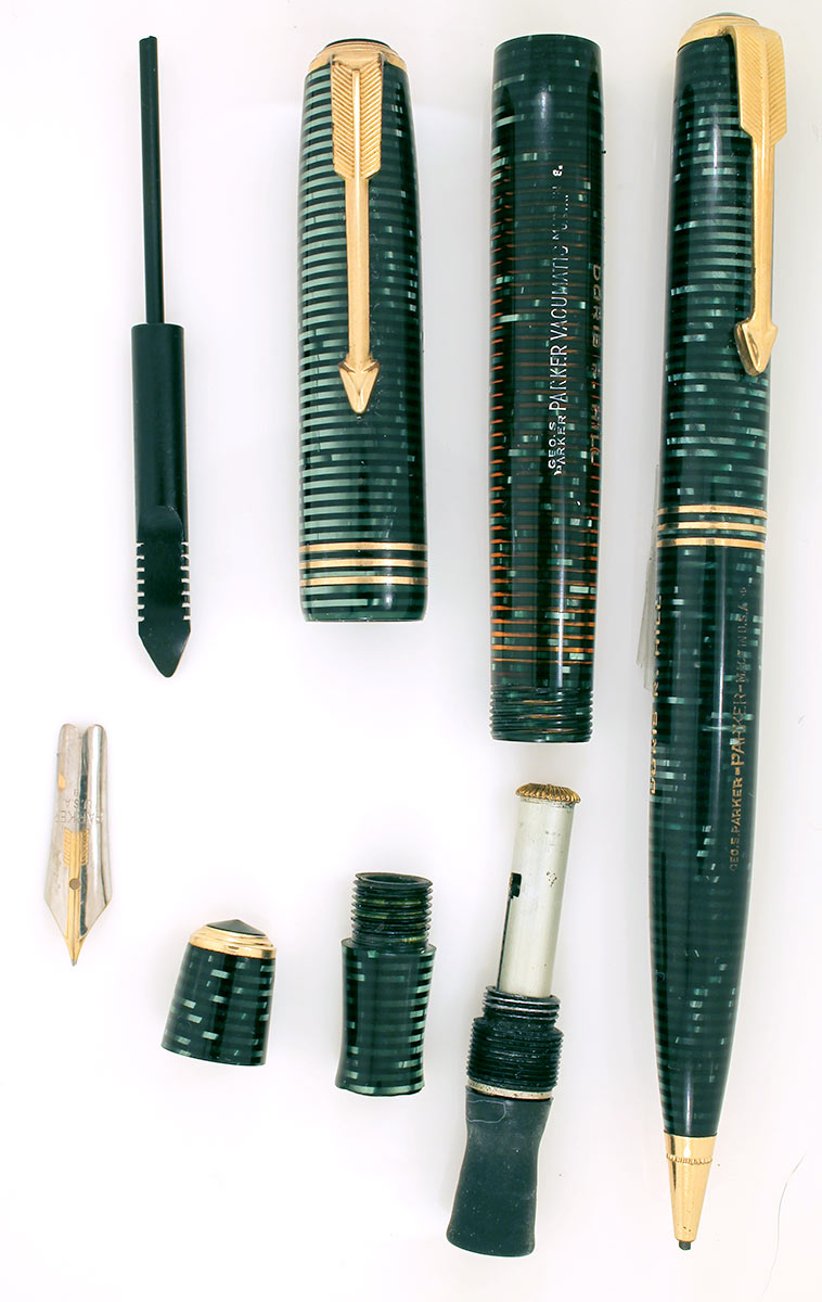 1938 PARKER VACUMATIC EMERALD PEARL DOUBLE JEWEL VACUMATIC FOUNTAIN PEN & PENCIL SET WITH ORIGINAL BOX IN RESTORED CONDITION OFFERED BY ANTIQUE DIGGER