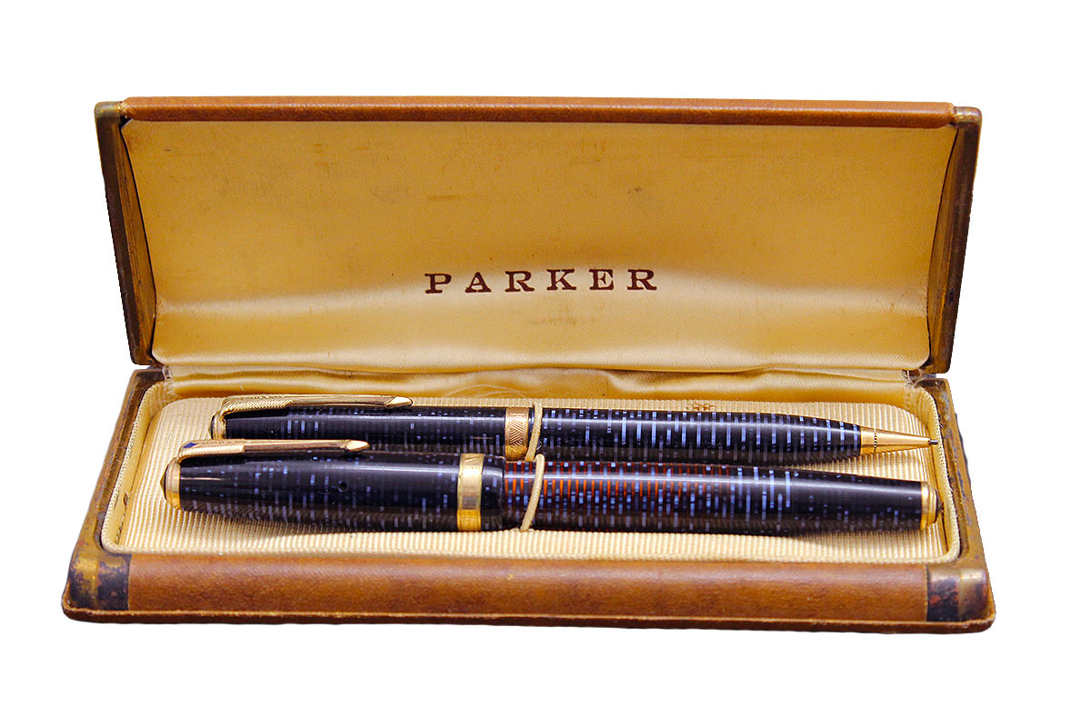RESTORED 1941 PARKER AZURE PEARL DOUBLE JEWEL VACUMATIC FOUNTAIN PEN SET IN ORIGINAL BOX OFFERED BY ANTIQUE DIGGER
