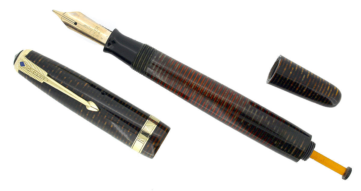 1942 PARKER GOLDEN PEARL VACUMATIC FOUNTAIN PEN LONG MAJOR RESTORED - COLLECTOR ALERT OFFERED BY ANTIQUE DIGGER