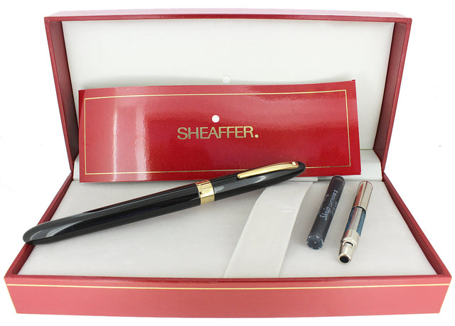 C1992 SHEAFFER CREST BLACK LAQUE 18K MEDIUM NIB FOUNTAIN PEN NEVER INKED OFFERED BY ANTIQUE DIGGER