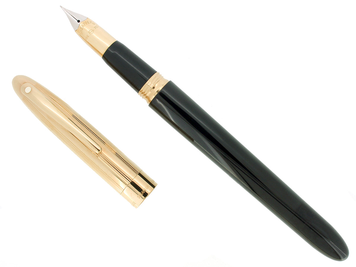 C1992 SHEAFFER CREST GOLD/BLACK LAQUE 18K FINE NIB FOUNTAIN PEN NEVER INKED