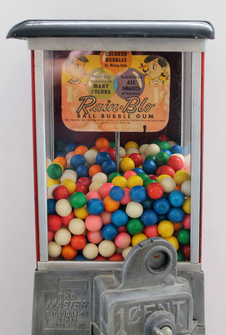 VINTAGE NORRIS MASTER PENNY GUMBALL MACHINE WORKING WITH KEYS IN EXCELLENT ORIGINAL CONDITION OFFERED BY ANTIQUE DIGGER