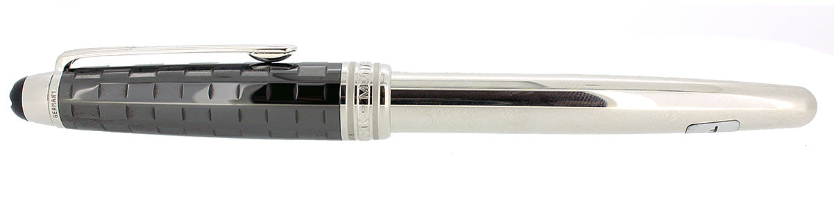 MONTBLANC MEISTERSTUCK BLACK PRISMA FOUNTAIN PEN NOS STICKERED NEVER INKED OFFERED BY ANTIQUE DIGGER