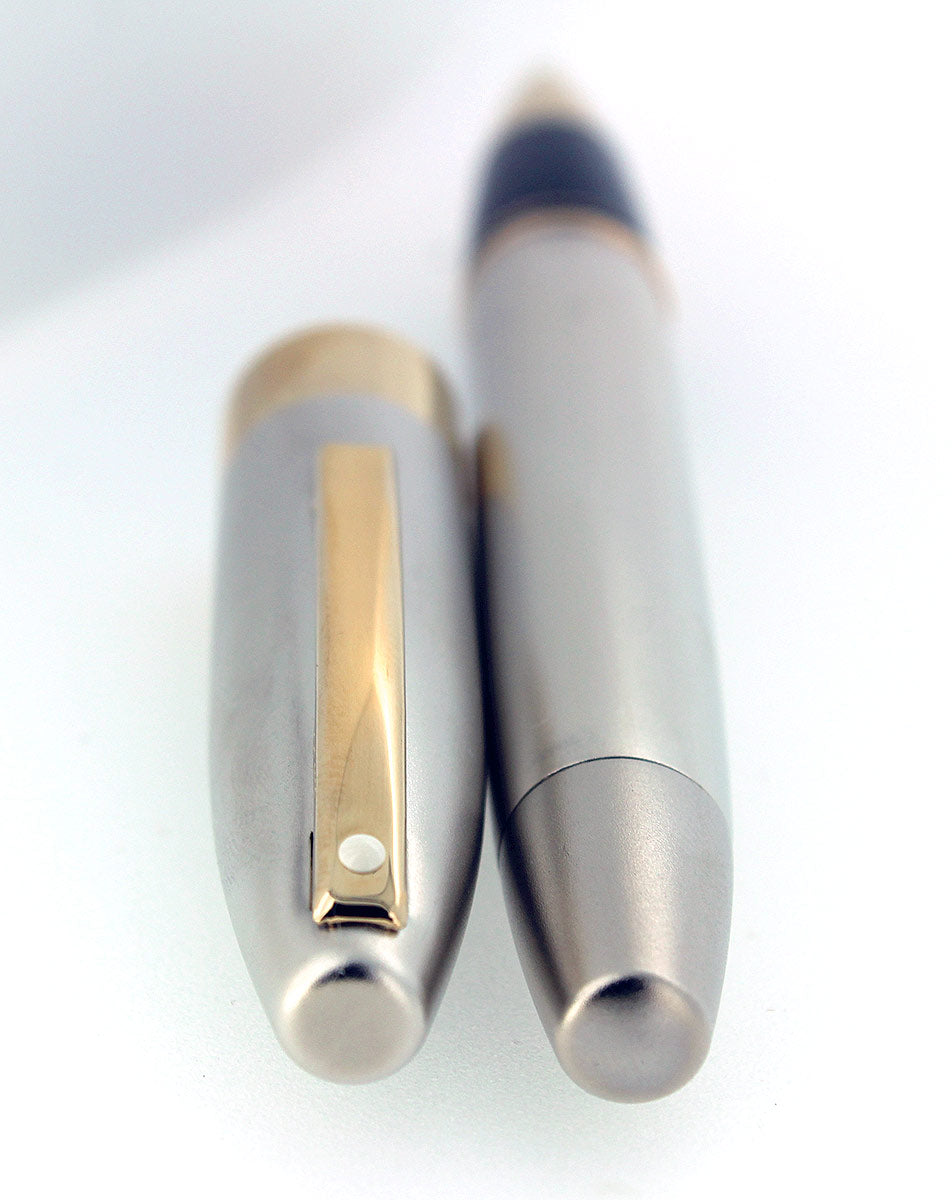 SHEAFFER LEGACY 2 SANDBLASTED PLATINUM W/ 23K GOLD TRIM ROLLERBALL PEN NOS UNUSED OFFERED BY ANTIQUE DIGGER