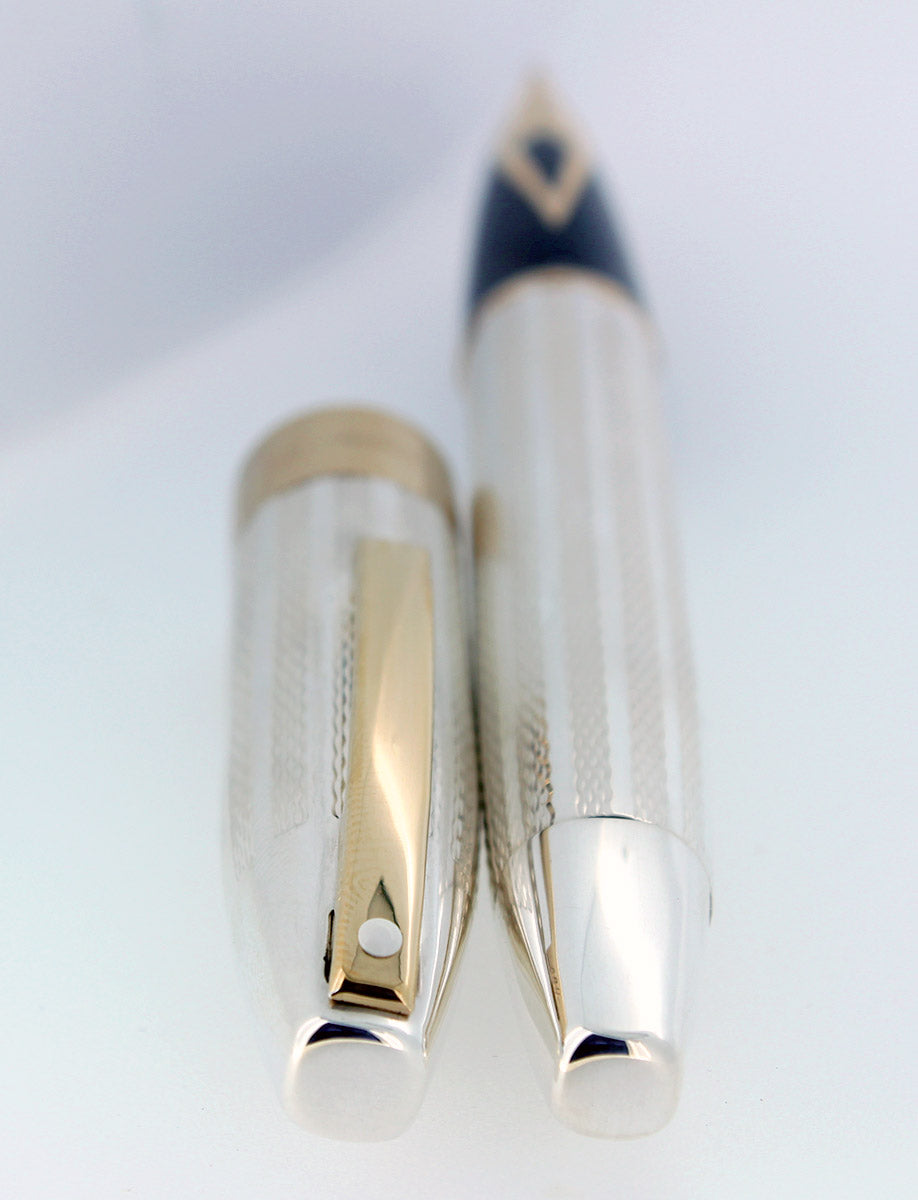 CIRCA 1997 SHEAFFER LEGACY STERLING FOUNTAIN PEN BARLEYCORN 18K MEDIUM NIB NEVER INKED OFFERED BY ANTIQUE DIGGER