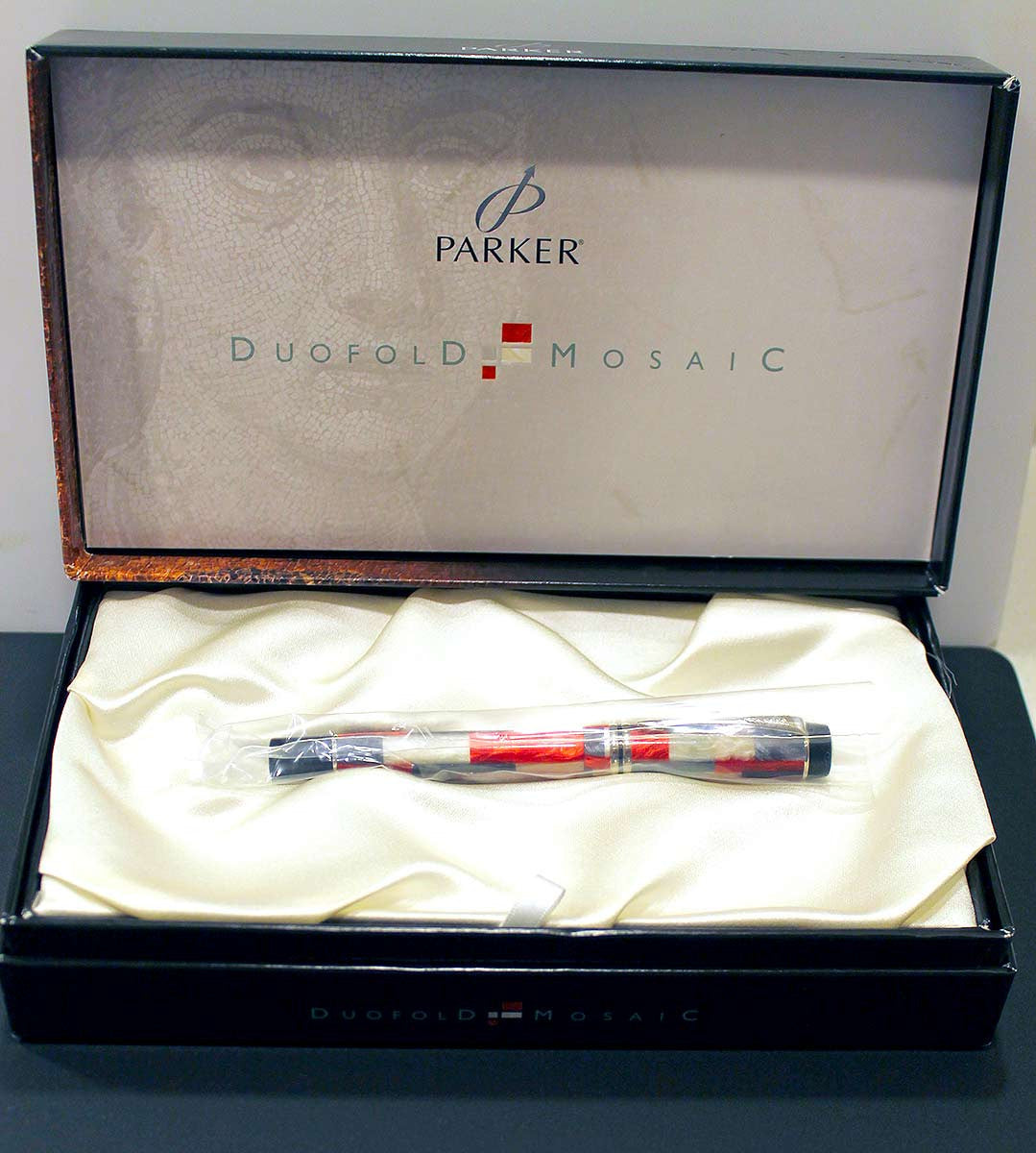 Parker Duofold Red Mosaic Fountain Pen