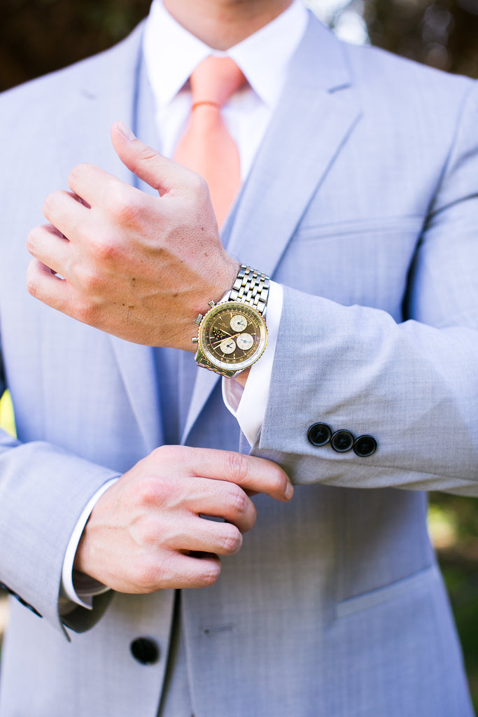 wedding-essentials-grooms-gift-watch