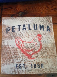Reclaimed Luma Vintage Wood Sign with Chicken