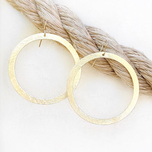 Basic Gold Hoop