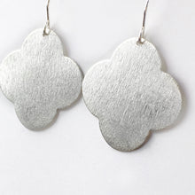 Simply silver earring