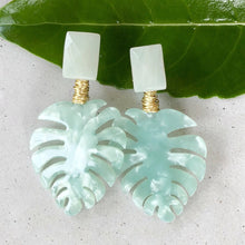 Resort Palm Mint Earring