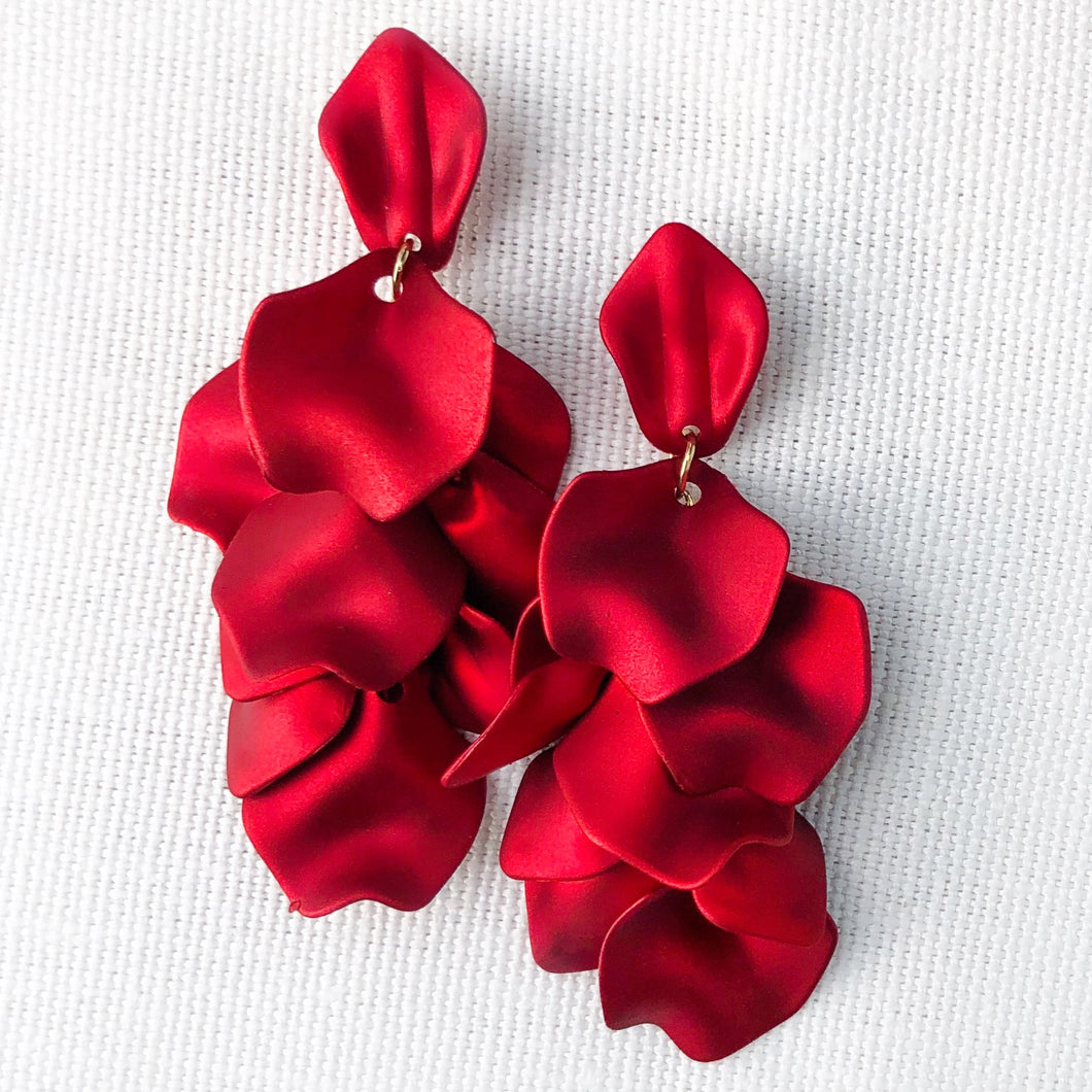Red pedals earring