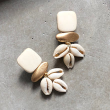 Catalina Cowrie Earring