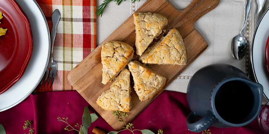 Low carb rosemary parmesan scones
