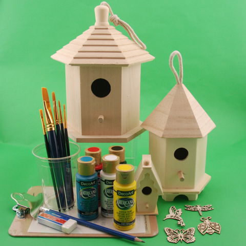 Art kits for kids | Decorate a birdhouse for your garden!