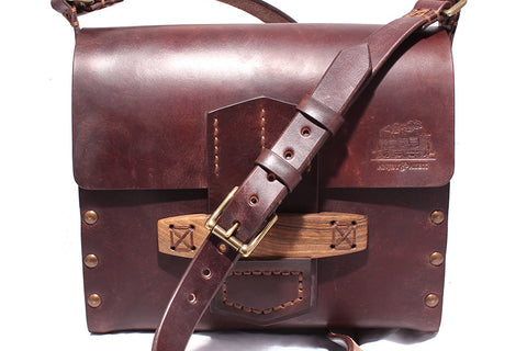 Johnny Red Wood Maxi Messenger Bag