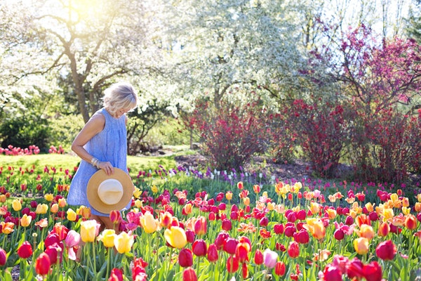 Preparing for Spring Allergies and Illnesses + Best Spring Foods to Eat