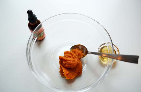 Pumpkin puree in a bowl for the seabuckwonders beauty mask