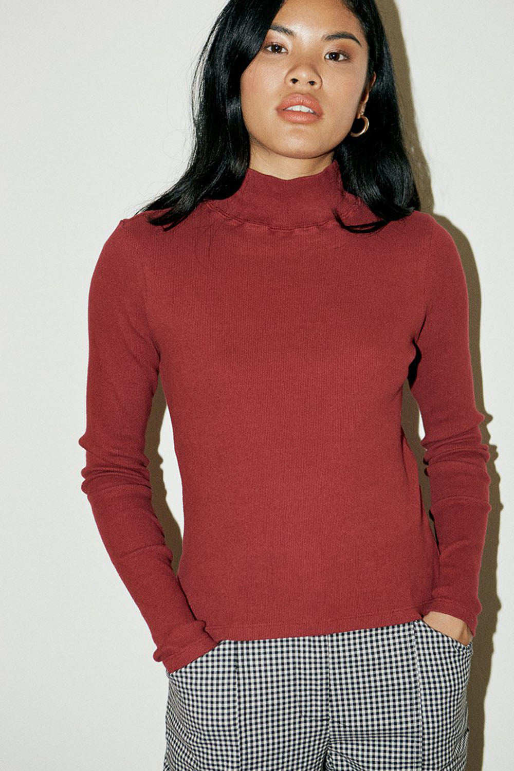 Organic Cotton Ribbed Turtleneck Berry