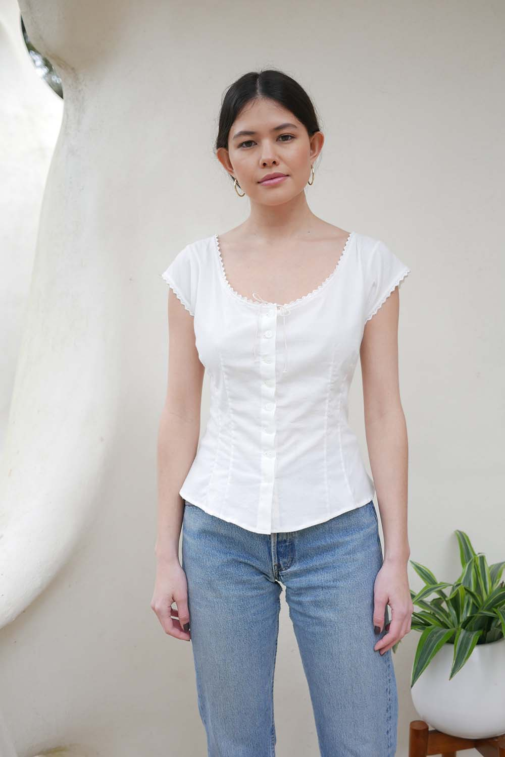 Lily Top White