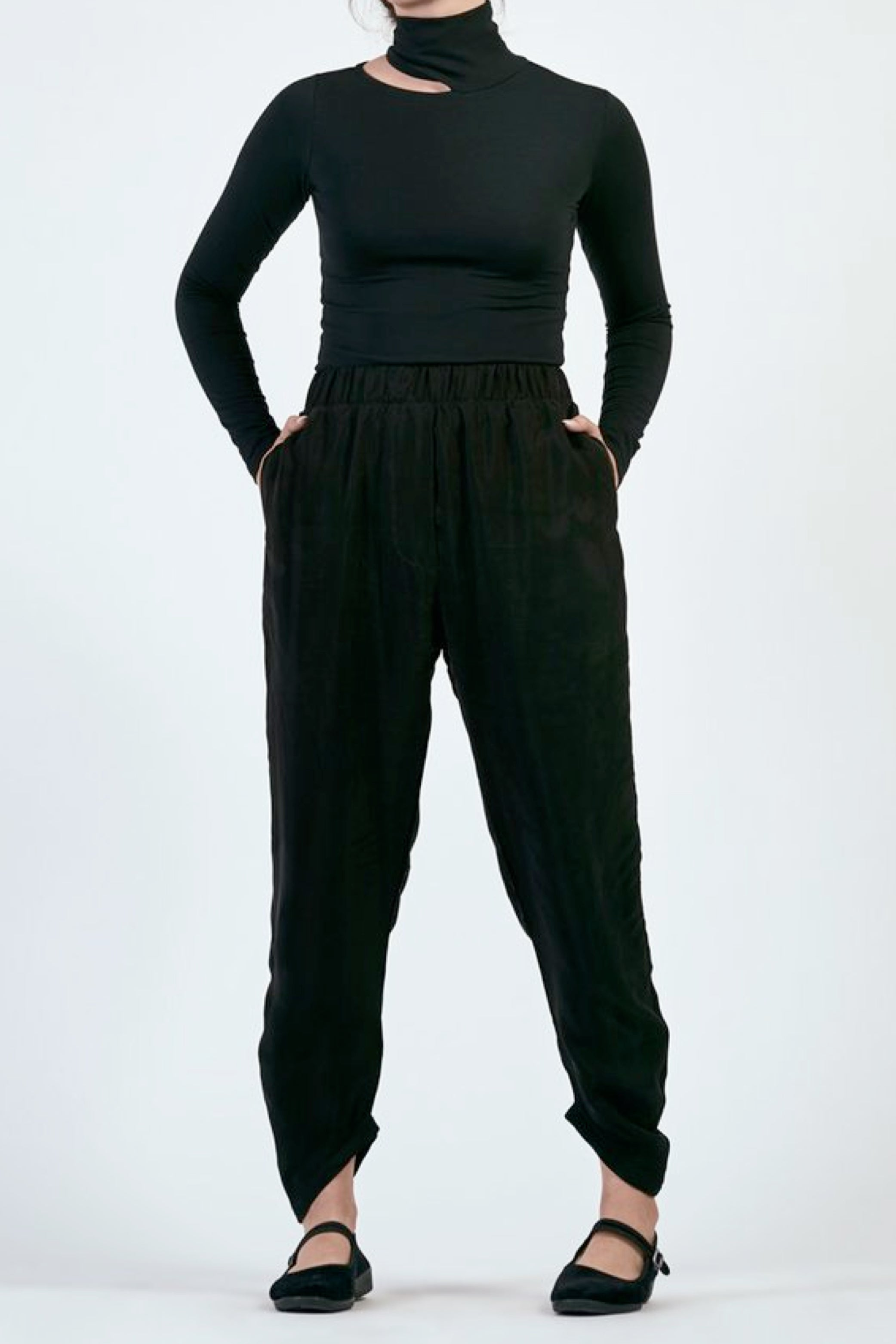 Yokai Draped Pant