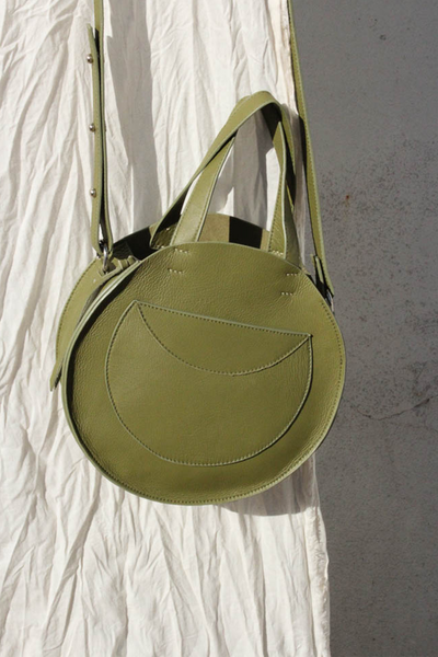 Velita Circle Crossbody in Avocado