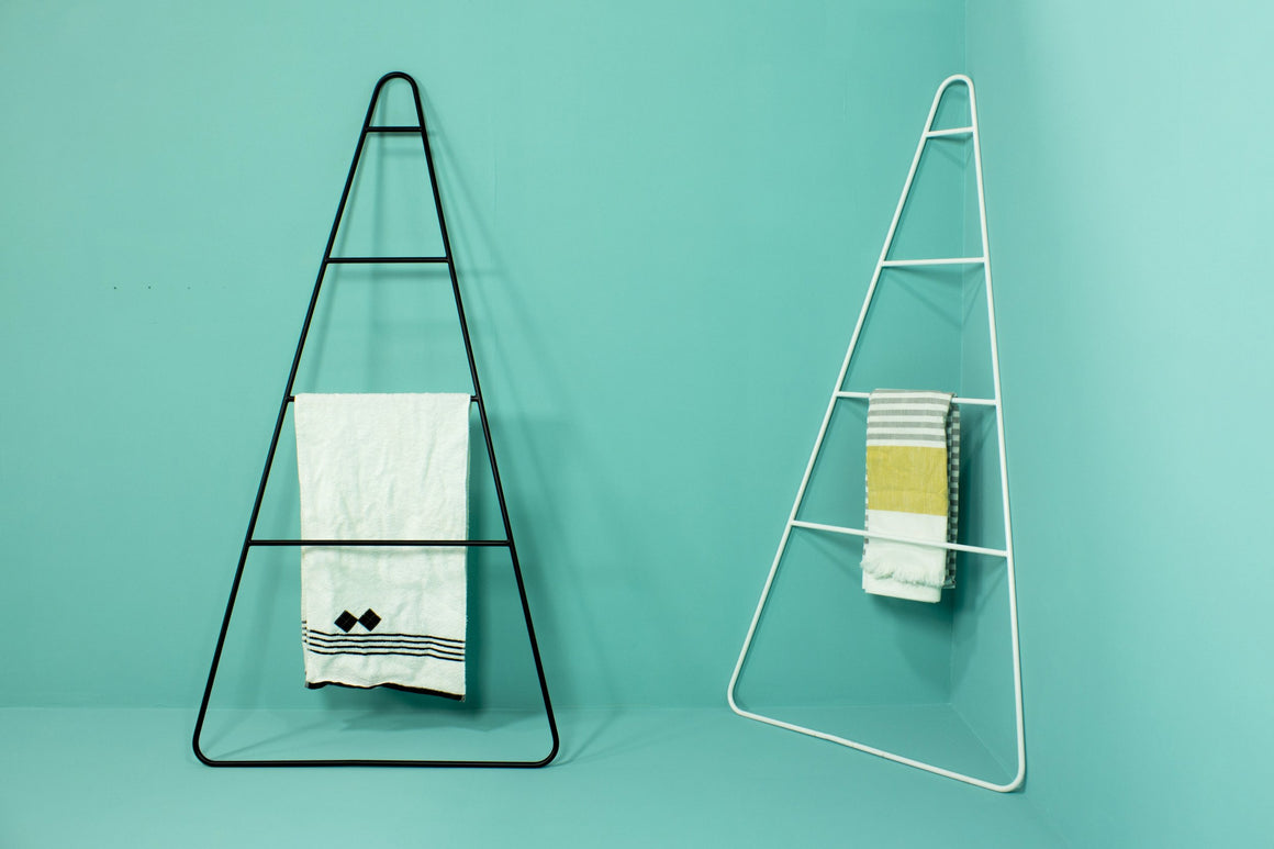 Artie Ladder White