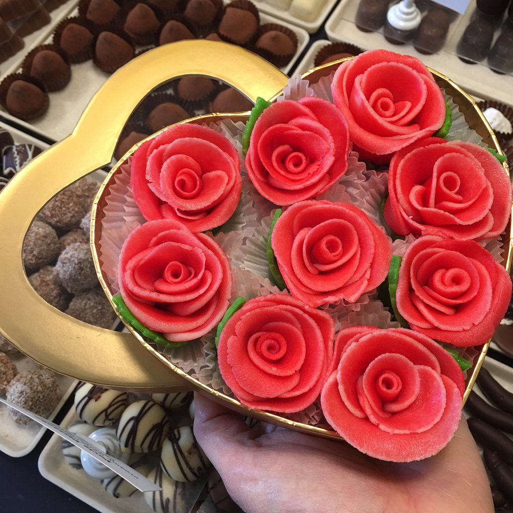 Heart-Shaped Box of Marzipan Roses - Love Chocolate