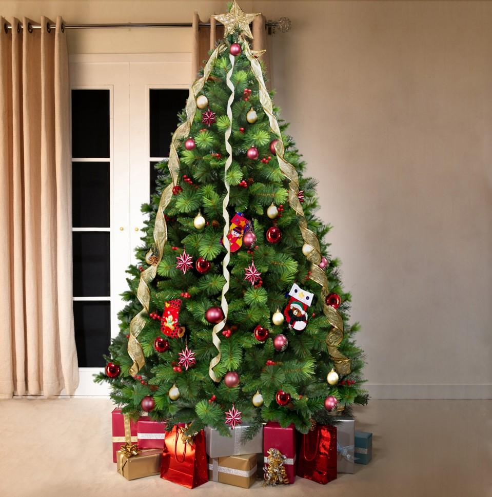 Green Norwegian Flock Artificial Christmas tree. 6.5ft tall ...