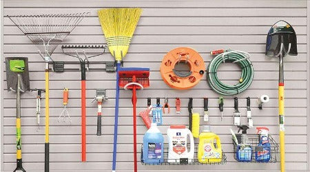 21 Piece Basic SlatWall Accessory Kit