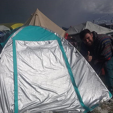 festival goer that slept well during an hail storm