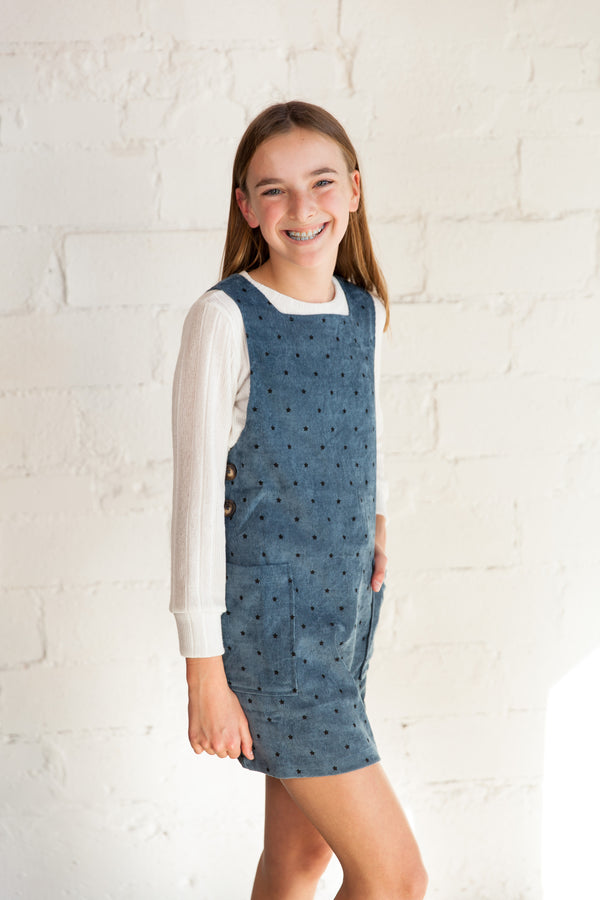 denim corduroy dress, star detail dress, denim corduroy, overall dress, Dallas boutique, tween boutique, tween dress, teen girls dress, girls dress, little girls dress, zofi boutique