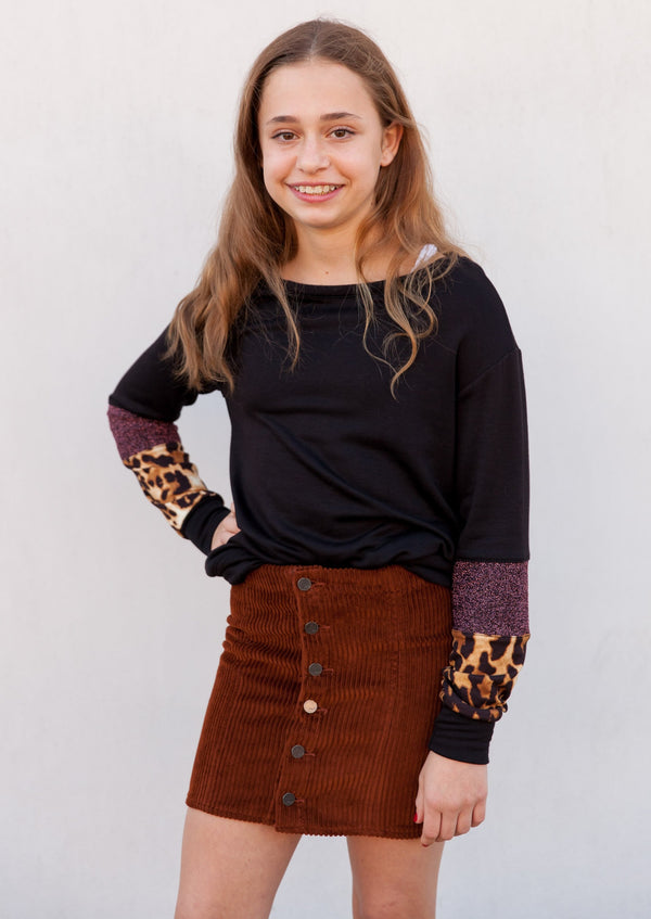 girls top, tween top, little girl's top, metallic detail top, leopard detail top, metallic, leopard, metallic detail, leopard detail, longsleeve, long sleeve, Dallas boutique, tween boutique