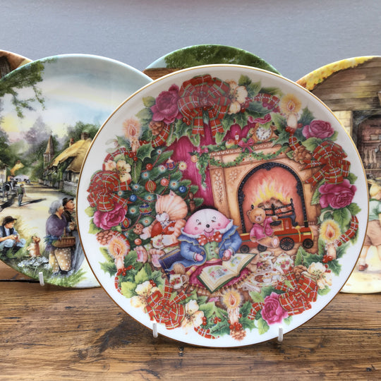 "Royal Doulton ""Decorative Plates"""