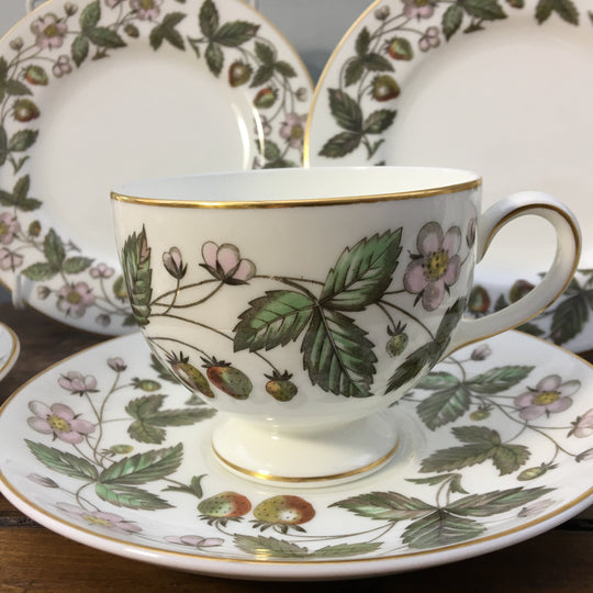 "Wedgwood ""Strawberry Hill"""