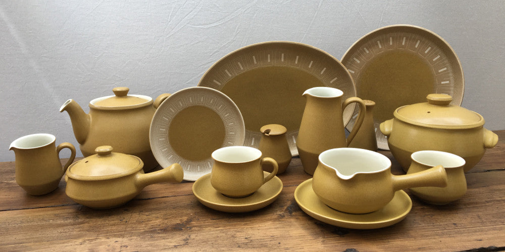 Denby Ode is an instantly recognisable discontinued Denby Pottery tableware design with itu0027s distinctive mustard yellow/antique gold and white Greek Key ... & Denby
