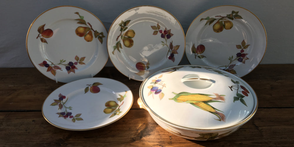 Royal Worcester  Evesham Gold  & Royal Worcester