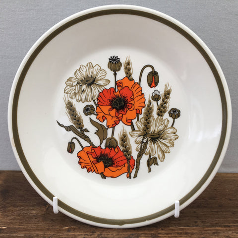 J & G Meakin Poppy Tea Plate (Wide Rim)