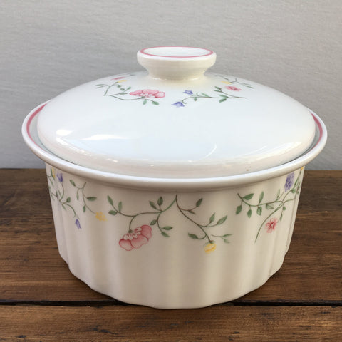 Johnson Bros Summer Chintz Casserole, 3.25 Pint