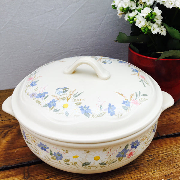Poole Pottery Springtime Lidded Serving Dish, 2.75 Pints, Lugged