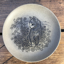 "Poole Pottery Stoneware 5"" Plate - Kitten with Dragonfly"