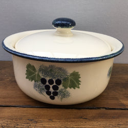 Poole Pottery Vineyard Casserole, 2.25 Pints