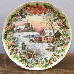 Royal Albert The Coaching Inn Plate - Christmas 1994