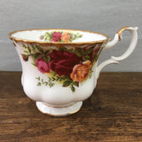 Royal Albert Old Country Roses Tea Cup