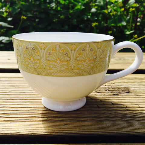 Royal Doulton Sonnet Tea Cup (Rondo Shape)