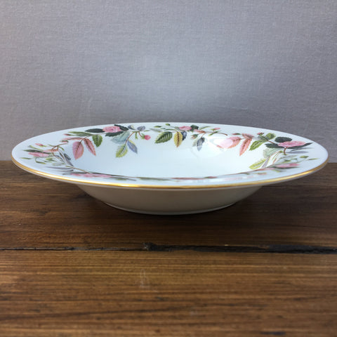 Wedgwood Hathaway Rose Rimmed Bowl