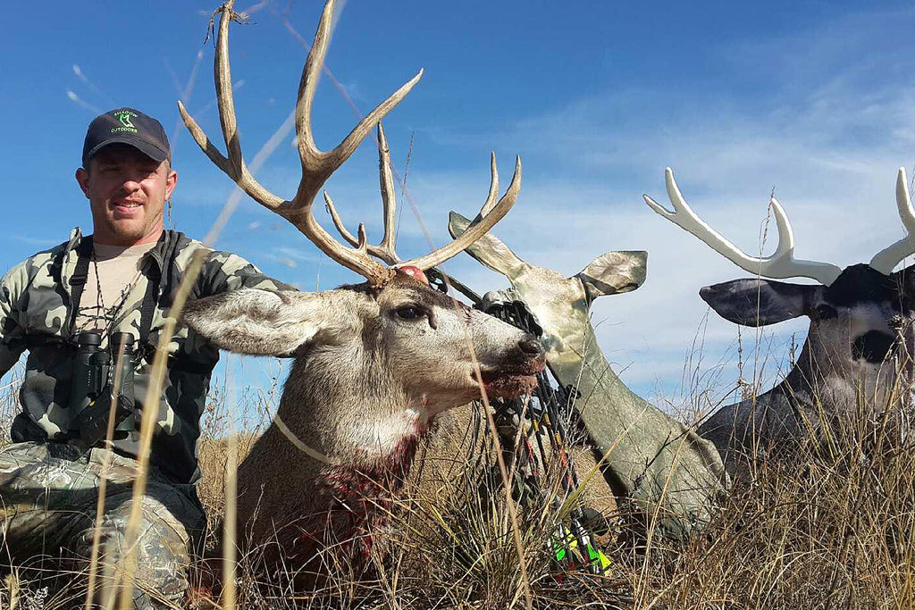 A Nebraska Mule Deer Hunt with Heads Up Decoy